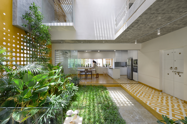 Soul Garden House / Spacefiction Studio