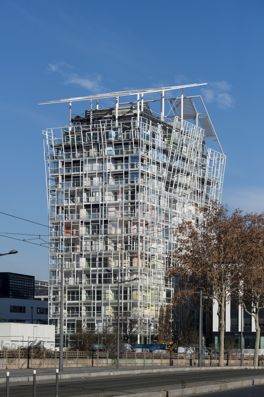 Ycone La Confluence Residential Tower / Ateliers Jean Nouvel, © Guillaume Perret
