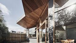 Barton House / Julie Firkin Architects