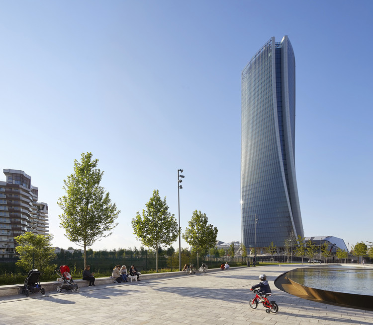 Generali Tower / Zaha Hadid Architects, © Hufton+Crow