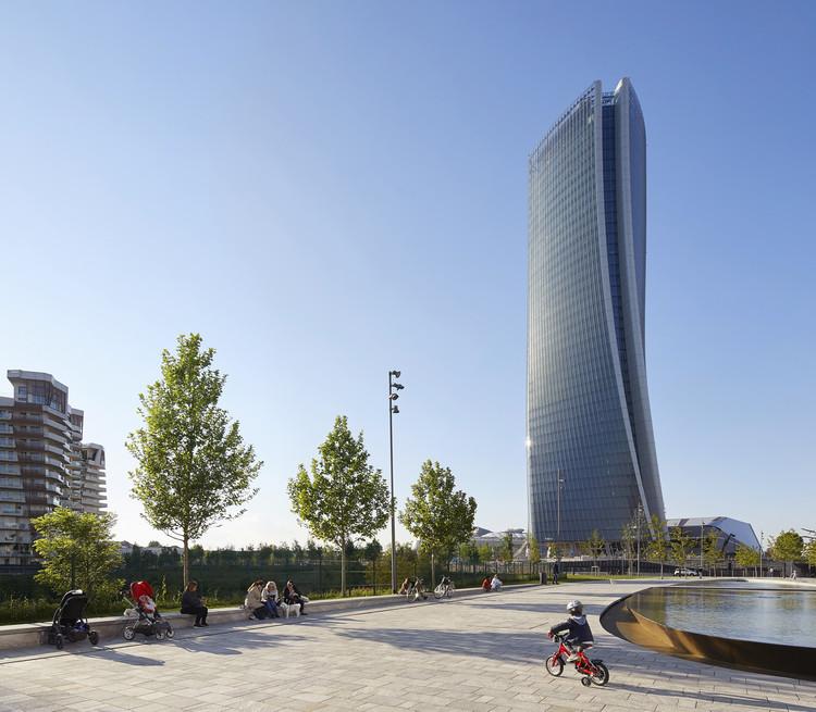 Generali Tower / Zaha Hadid Architects, © Hufton+Crow