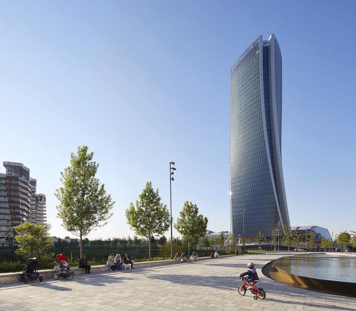Generali Tower / Zaha Hadid Architects