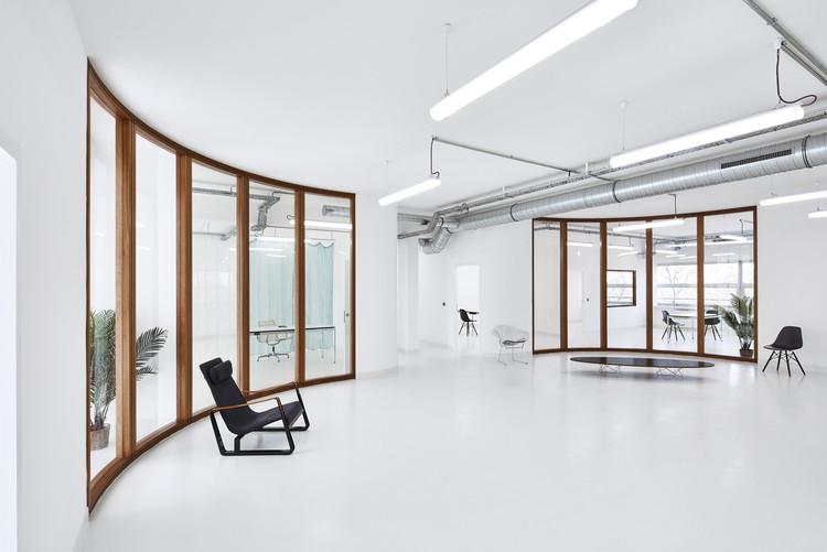 Ateliers & Showroom Marine Serre / Lemoal Lemoal Architectes, © Elodie Dupuis