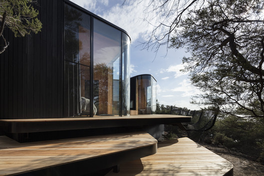 Coastal Pavilions at Freycinet Lodge / Liminal Architecture