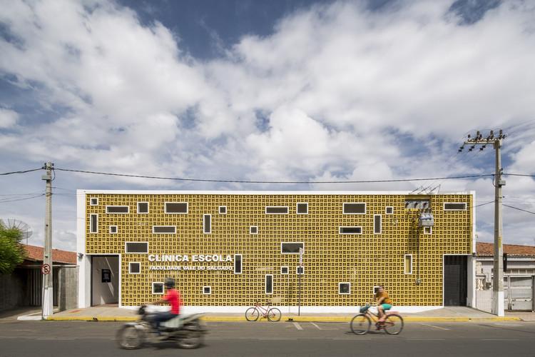 Clínica Escola FVS / Lins Arquitetos Associados, © Joana França