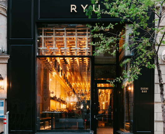 RYU Peel Restaurant / Ménard Dworkind architecture & design