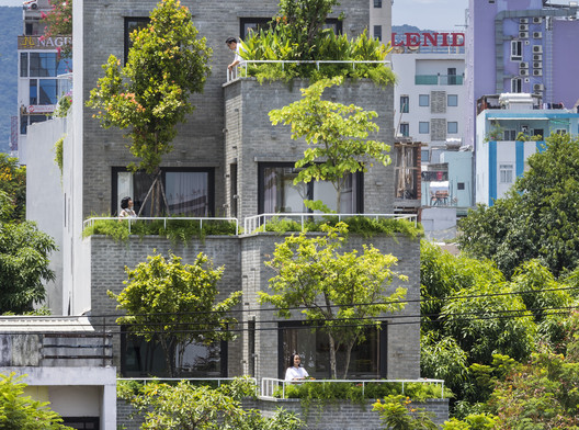 Green Peace Village / Ho Khue Architects