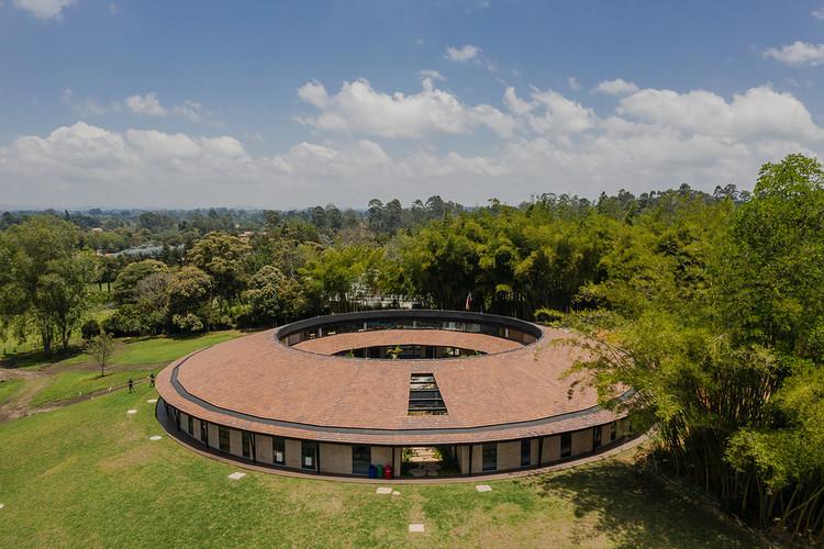 Colegio Montessori - Plan maestro / Estudio Transversal, © Alejandro Arango