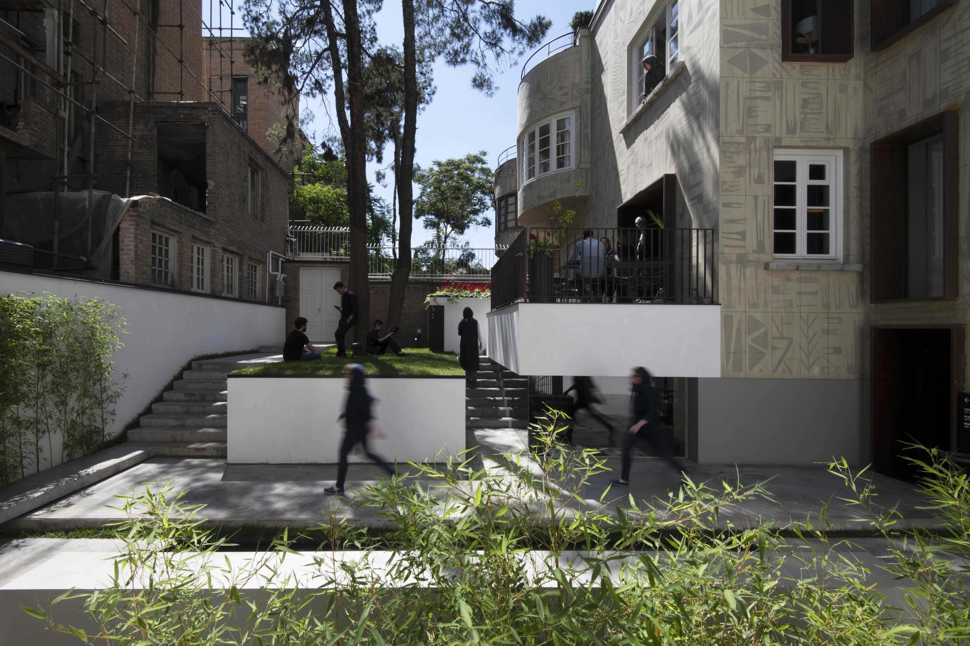 Hanna Boutique Hotel / Persian Garden Studio thumbnail