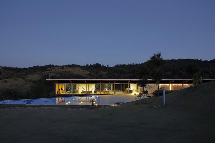 Residência na Serra das Cabras / MMBB Arquitetos, © Walter de Abreu