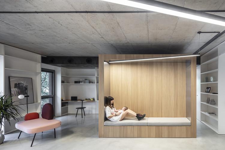 La Caja, un loft en Tel Aviv / Toledano+Architects. Image © Amit Geron