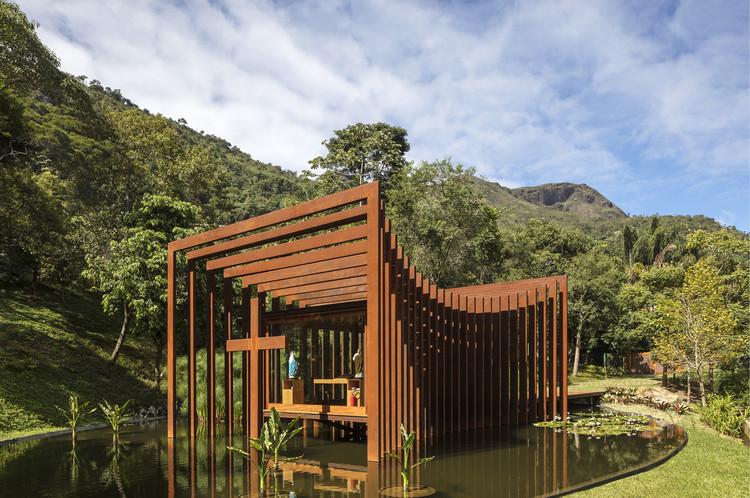 Capela GN / Miguel Pinto Guimarães Arquitetos Associados, © Leonardo Finotti