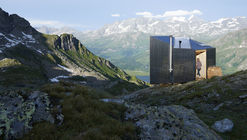 On Mountain Hut Cabin / Thilo Alex Brunner