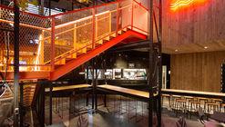 Bullguer Centro / SuperLimão Studio