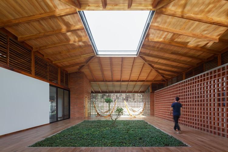 A Casa do Silêncio / Natura Futura Arquitectura, © Lorena Darquea