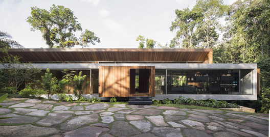 All House / Gui Mattos