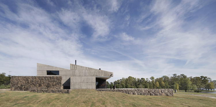 MM House / alarciaferrer arquitectos, © Federico Cairoli