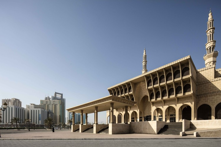 Sharjah Architecture Triennial Announces Global South-based Participants and Projects for Its Inaugural Edition, King Faisal Mosque, King Abdul Aziz Street, Sharjah, Office of Technical & Architectural Engineering & Consultancy, 1987. Image © Ieva Saudargaitė