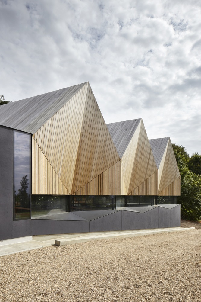 Alfriston Swimming Pool / Morris+Company