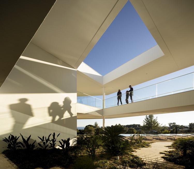 Casa Pernoi / Mário Martins Atelier, © Fernando Guerra | FG+SG