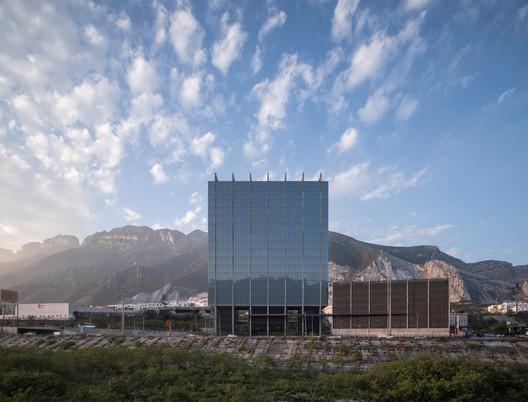 Edifício Albia / Landa + Martínez Arquitectos