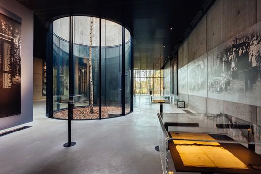 Memorial Museum in Palmiry / WXCA