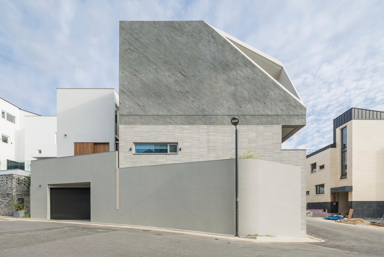 W House / ar-Architects, © Sergio Pirrone