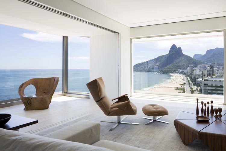 Apartamento RS / Studio Arthur Casas, © Filippo Bamberghi