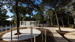 White Forest in Monsanto / Bruno Camara Arquitectos