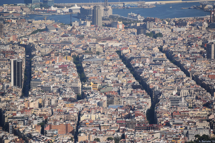 Recuperar la construcción colectiva de la ciudad: planes estratégicos urbanos de tercera generación en Barcelona, © Alexandre Bernalte