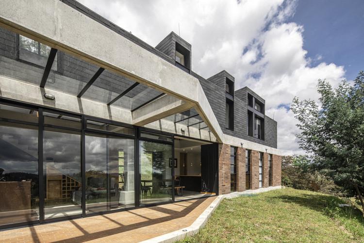 House in La Esperanza / Plan:b arquitectos, © Alejandro Arango