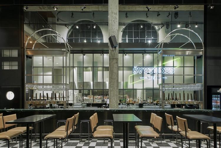 Gastropub Švyturys Brewery / Plazma Architecture Studio, © Darius Petrulaitis