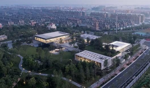 Ideal Land-Art & Culture Center / Verse Design
