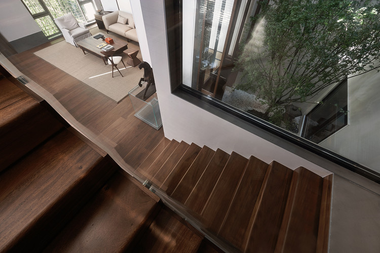 1F Staircase. Image © Yongchang Wu