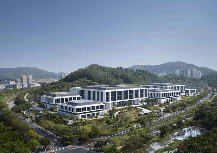 China Southern Power Grid Green Campus Offices  / von Gerkan, Marg and Partners Architects (gmp), © Christian Gahl