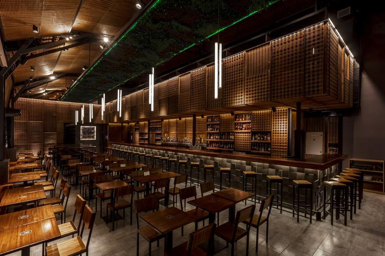 The Nim Bar / Hitzig Militello arquitectos. Image © Federico Kulekdjian