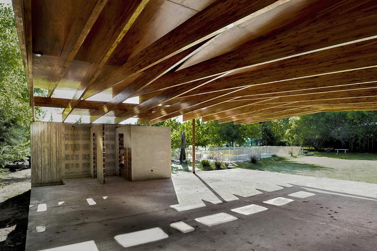 Quincho los Gauchos / Francisco Cadau Oficina de Arquitectura. Image Cortesía de Francisco Cadau Oficina de Arquitectura