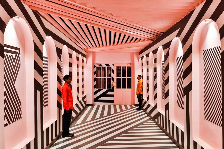 World Photography Day: 15 Architectural Photographers to Follow on Instagram, A Zebra Rosa / Renesa Architecture Design Interiors. © Saurabh Suryan