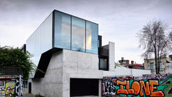 Casa Fitzroy Lane / Kennedy Nolan