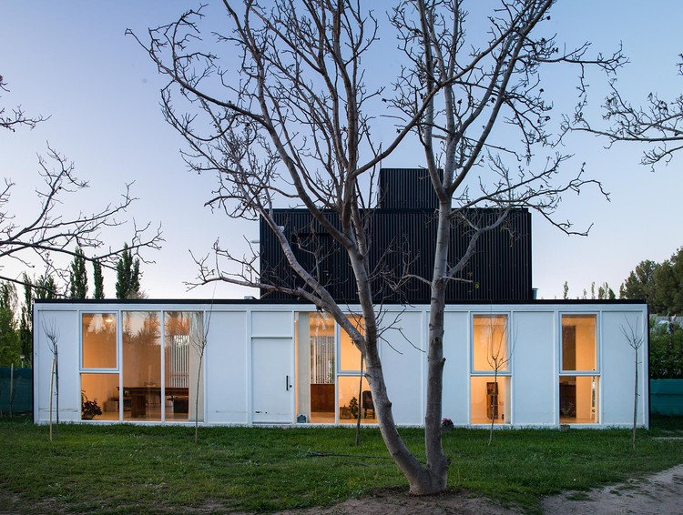 VM2 House / Alejandro Szilak, © Maju Franzan