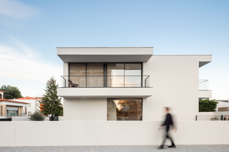 Maia House / Raulino Silva Arquitecto, © João Morgado