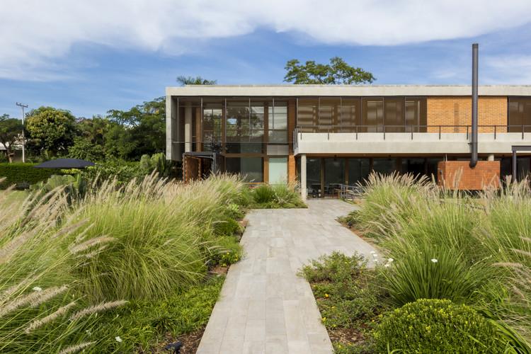 17-218 House / m+ estudio de arquitectura y diseño, © Leonardo Méndez