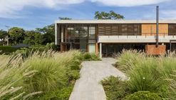 17-218 House / m+ estudio de arquitectura y diseño