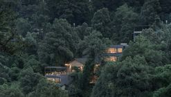 NanShan B&B Hotel / Priestman Architects