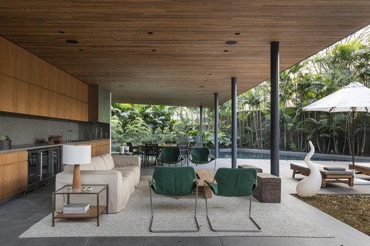 Panamericana House / Bernardes Arquitetura + Sala2 Arquitetura