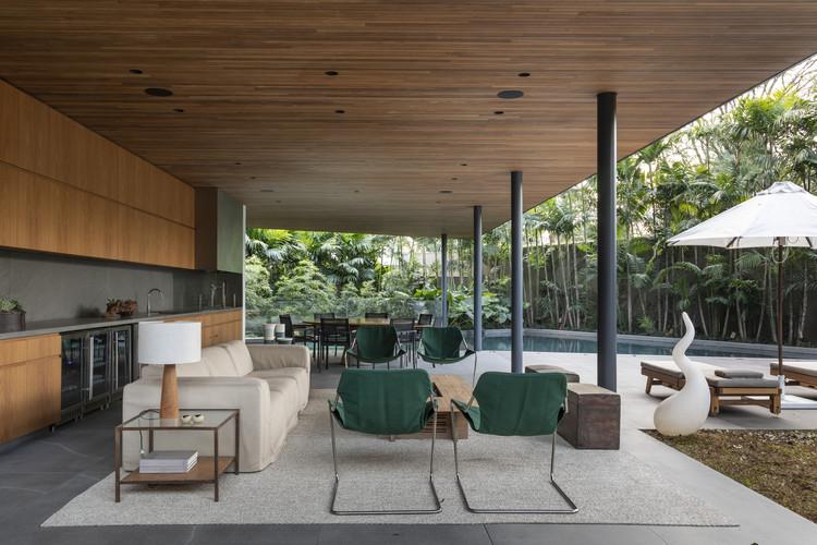 Panamericana House / Bernardes Arquitetura + Sala2 Arquitetura, © Evelyn Muller