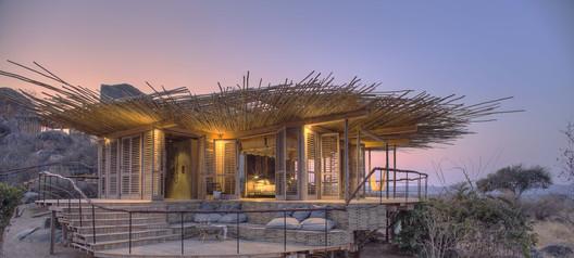 Jabali Ridge Lodge / Nicholas Plewman Architects
