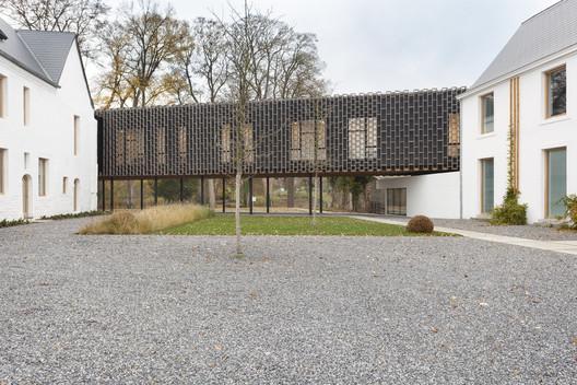 Centro Cultural Espace Winson / RESERVOIR A