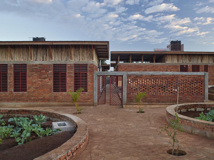 Centro Infantil Econef / Asante Architecture&Design + Lönnqvist & Vanamo Architects, © Robin Hayes