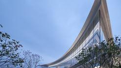 CIFI Sales Center 'The Landscape' / Ippolito Fleitz Group + LWK+Partners